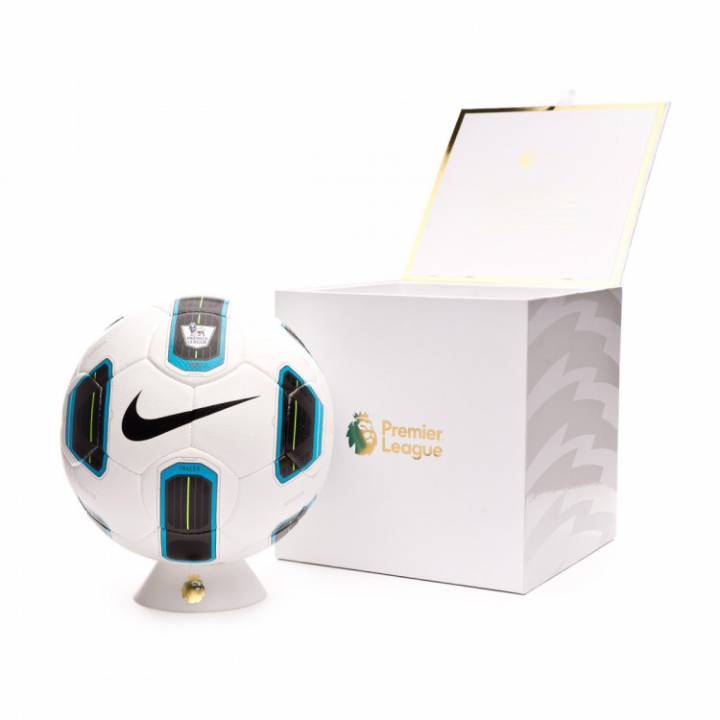 Nike Premier League Total 90 Tracer Football Image
